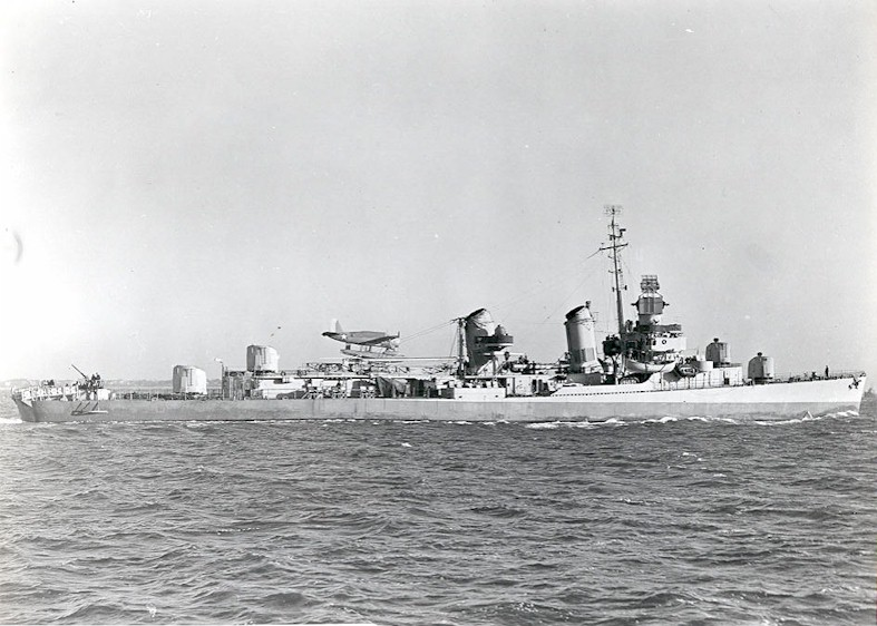 (USS_Pringle_(DD-477)_underway_in_December_1942.jpg)